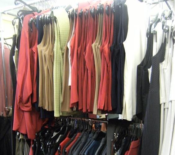 Damenkleidung Posten Stockware Grosshandel