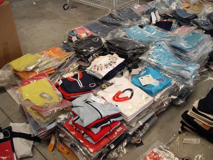 Kinderbekleidung Großhandelsposten Ausverkauf