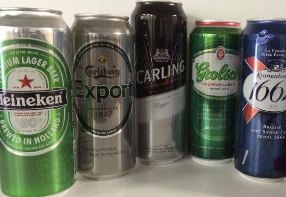 Heineken, Carlsberg Bier mit kurzem MHD