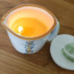 Olivenölkerze mit ätherischem Öl