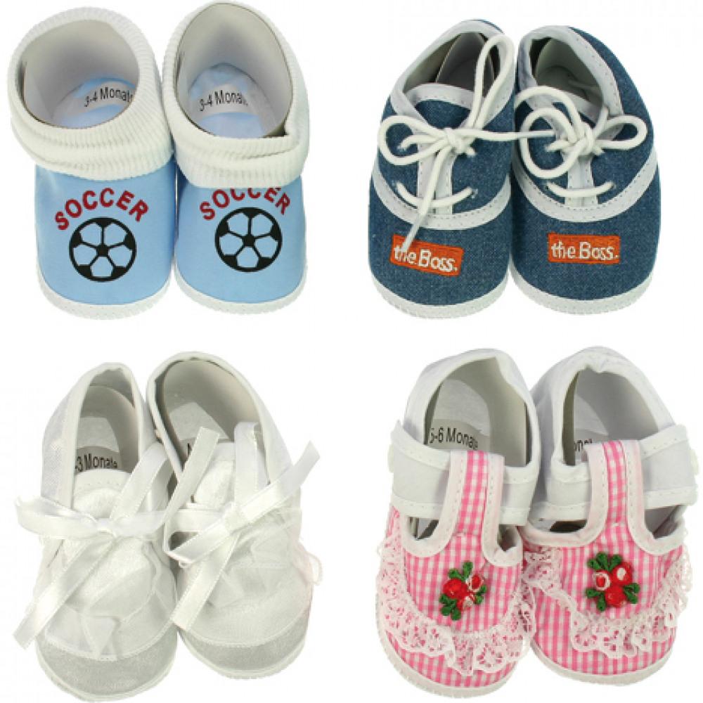 Baby Schuhe bis 6 Monate Design und Farbe sortiert